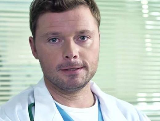 Почему илья носков ушел из сериала женский доктор 2