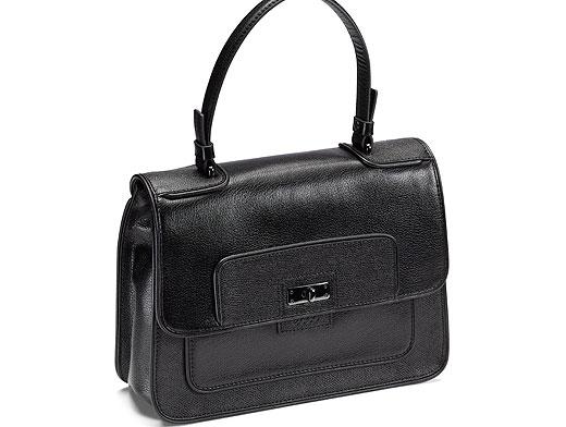 7d6535ce0dad Если вы отдаете предпочтение определенному фасону, стоит выбрать марку, у  которой есть сходные модели разных размеров  днем вы берете большую сумку,  ...
