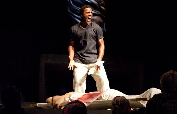 an analysis of the questionable heroes in the julius caesar a play by william shakespeare