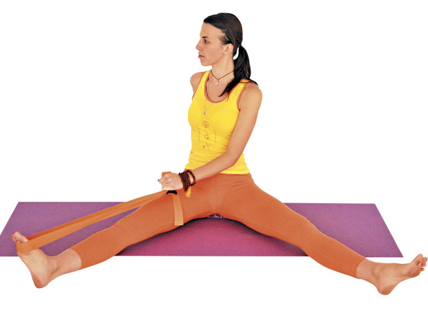 What are some good yoga exercises which must be practised daily for women? 47