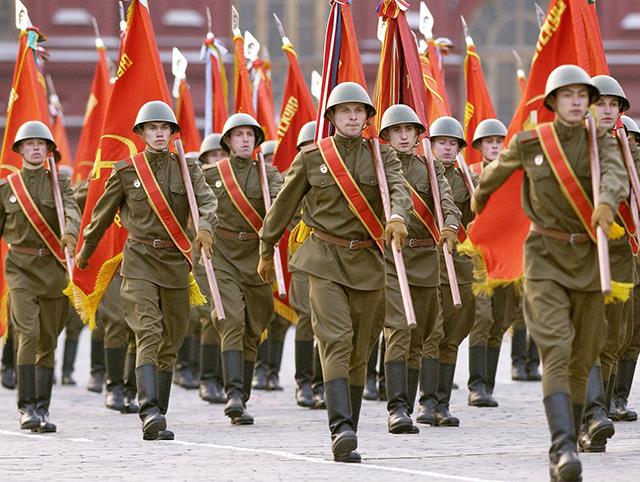 Парад победы 1995 года на красной площади 1 гривна 2001 года стоимость монеты